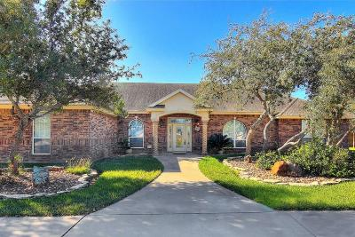 Corpus Christi Single Family Home For Sale: 9713 Compton Road