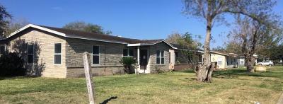 Kingsville Single Family Home For Sale: 429 Frances