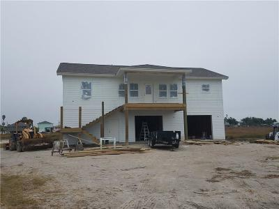 Rockport Single Family Home For Sale: 108 Windjammer St