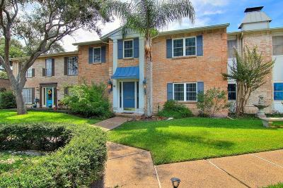 Corpus Christi TX Condo/Townhouse For Sale: $249,900