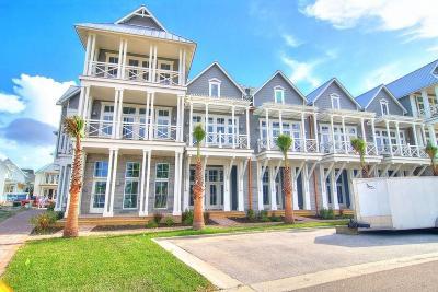 Port Aransas Condo/Townhouse For Sale: 210 Social Circ #9-102