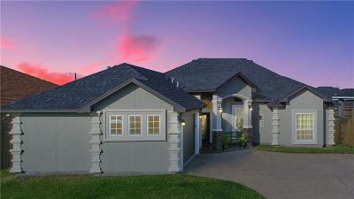 Corpus Christi TX Single Family Home For Sale: $258,900