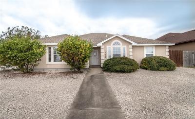 Corpus Christi Single Family Home For Sale: 15037 Dasmarinas Dr