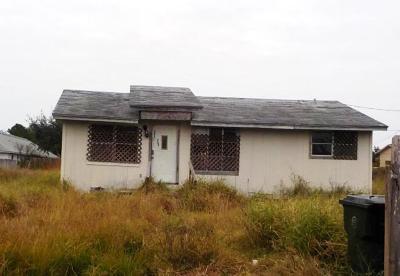 Corpus Christi Single Family Home For Sale: 1941 Lynhurst St