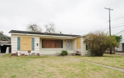 Corpus Christi Single Family Home For Sale: 3616 N Saxet Dr