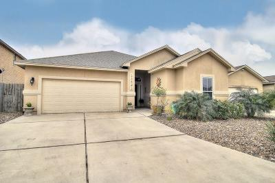 Corpus Christi Single Family Home For Sale: 13961 Man O War Ct