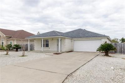 Corpus Christi Single Family Home For Sale: 15522 Finistere St