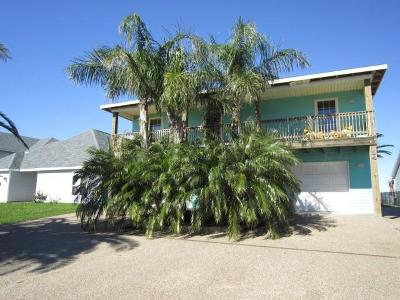Rockport Single Family Home For Sale: 94 Copano Ridge