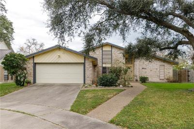 Corpus Christi Single Family Home For Sale: 6010 Cattail Ct