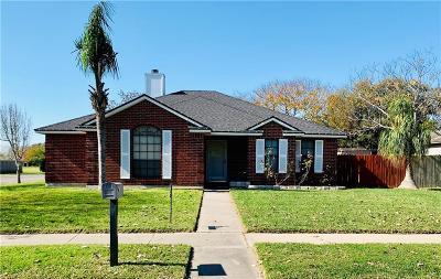 Corpus Christi Single Family Home For Sale: 2801 Tumbleweed Dr