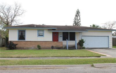 Corpus Christi Single Family Home For Sale: 413 Wilma Dr