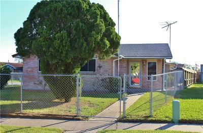 Corpus Christi Single Family Home For Sale: 4926 Dubose St