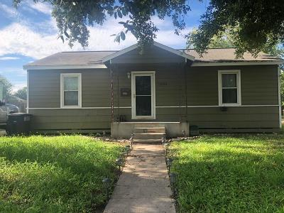 Corpus Christi Single Family Home For Sale: 1030 Harrison