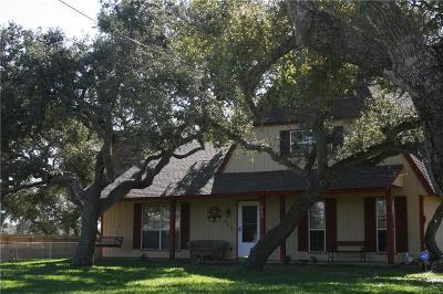 Aransas Pass Single Family Home For Sale: 949 W Johnson Ave