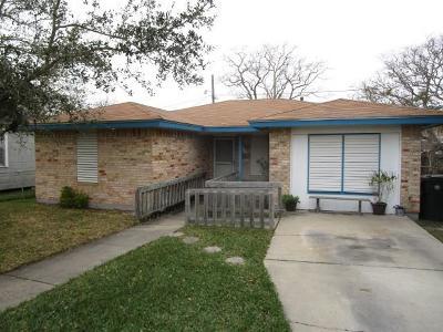 Corpus Christi Single Family Home For Sale: 3813 Bertram St