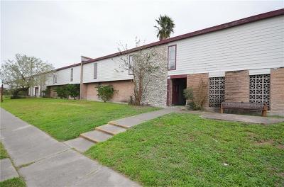 Corpus Christi Condo/Townhouse For Sale: 5002 Gollihar Road #222