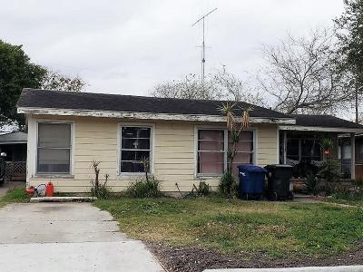 Corpus Christi Single Family Home For Sale: 4521 Carroll