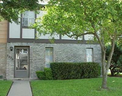 Corpus Christi TX Rental For Rent: $1,000