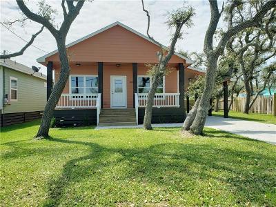 Rockport Single Family Home For Sale: 209 E Sabinal St