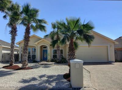 Corpus Christi Single Family Home For Sale: 13765 Hawksnest Bay Dr