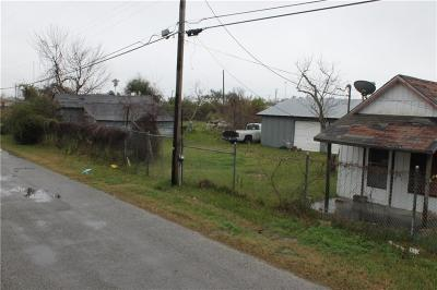 Rockport Single Family Home For Sale: 211 E Liberty St