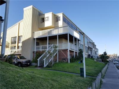 Condo/Townhouse For Sale: 14300 S Padre Island Dr #114