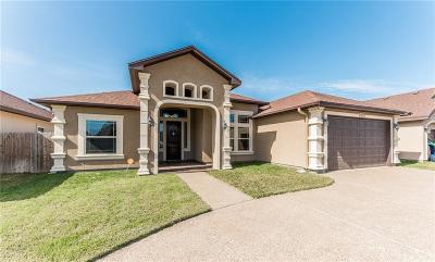 Corpus Christi Single Family Home For Sale: 2513 Mahbi Dr