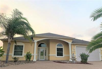 Aransas Pass Single Family Home For Sale: 938 S Bay St