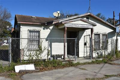 Corpus Christi Single Family Home For Sale: 1018 Dolores St