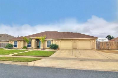 Single Family Home For Sale: 7326 Aborigine St