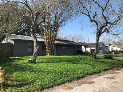 Single Family Home For Sale: 329 Hialeah Dr