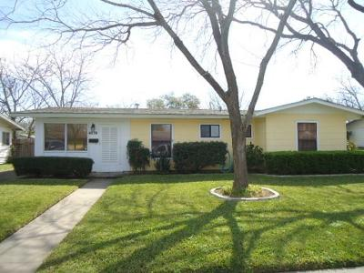 Single Family Home For Sale: 4830 Broughton Dr