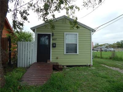 Corpus Christi TX Single Family Home For Sale: $62,000