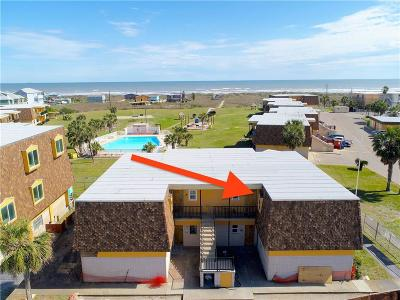 Port Aransas Condo/Townhouse For Sale: 700 Island Retreat Ct #42