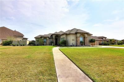 Corpus Christi Single Family Home For Sale: 6142 Lago Vista Dr