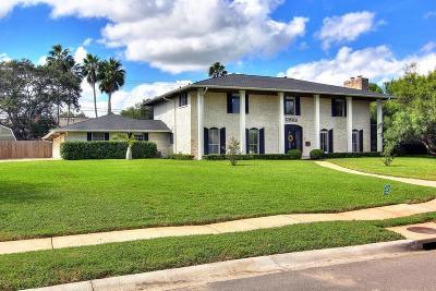 Corpus Christi Single Family Home For Sale: 222 Bayshore Dr