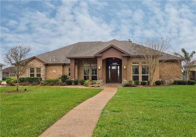 Corpus Christi Single Family Home For Sale: 5801 Lago Vista Dr