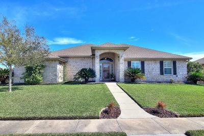 Corpus Christi Single Family Home For Sale: 3826 Emu Dr