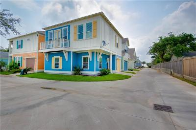 Rockport Single Family Home For Sale: 305 Sailhouse Way