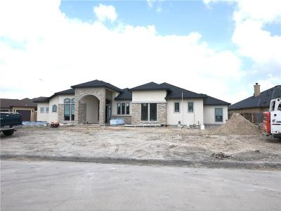 Corpus Christi Single Family Home For Sale: 6202 Lago Vista Dr