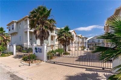 Corpus Christi Condo/Townhouse For Sale: 14890 Granada Dr #304