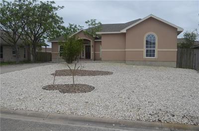 Corpus Christi Single Family Home For Sale: 13845 Laffite Dr