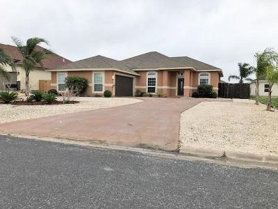 Corpus Christi Single Family Home For Sale: 15726 Dyna St