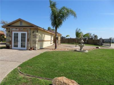 Aransas Pass Single Family Home For Sale: 1 Augusta Circle