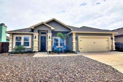 Corpus Christi Single Family Home For Sale: 15834 Portillo Dr