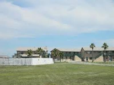 Port Aransas Condo/Townhouse For Sale: 1129 Eleventh #23