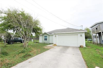 Corpus Christi Single Family Home For Sale: 1949 Sentinel Dr