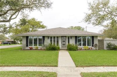 Corpus Christi Single Family Home For Sale: 526 Rawleigh Dr