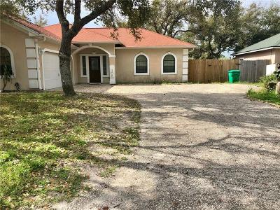 Aransas Pass Single Family Home For Sale: 105 Pelican Ave