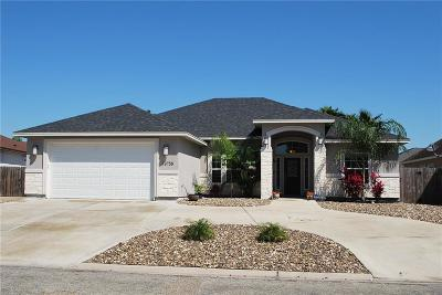 Corpus Christi Single Family Home For Sale: 13758 Eaglesnest Bay Dr